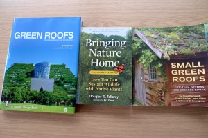 Books on green roofs (1)